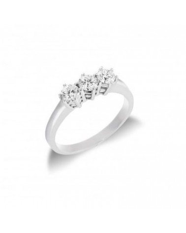Anello in oro bianco con tre diamanti 0,75   H SI